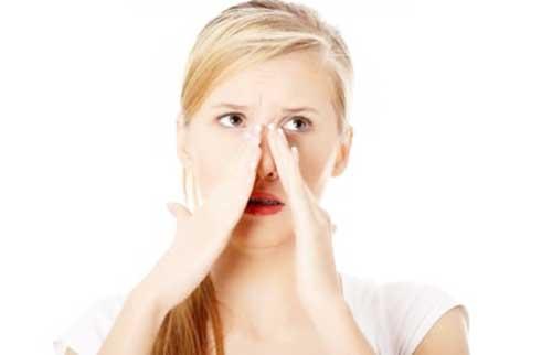 finne i näsan behandling
